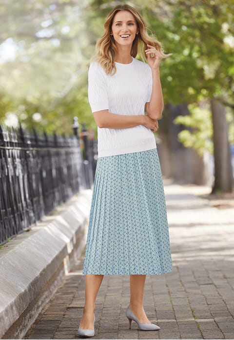 Spot pleated skirt
